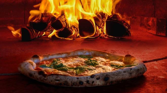 Olimpiadi della pizza, sono in 150 a Napoli