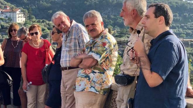 Sorrento, Passeggiata al Tramonto. Tra archeologia, natura e suoni divini Luigi Di Prisco