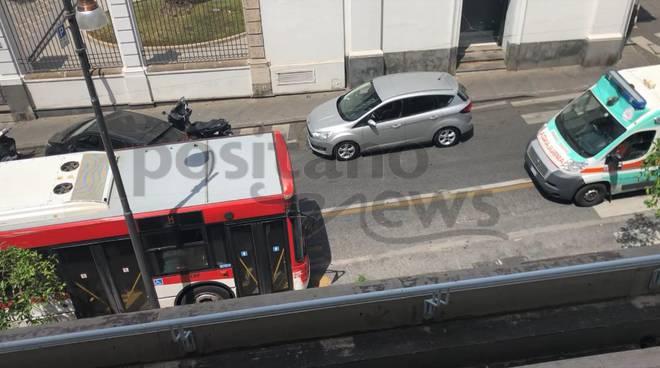ambulanza bloccata a piano