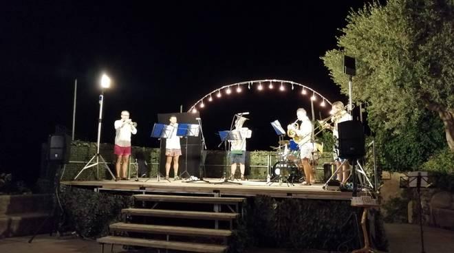 Positano, a Nocelle un sorprendente concerto di ottoni! Espresso Brass Quintet