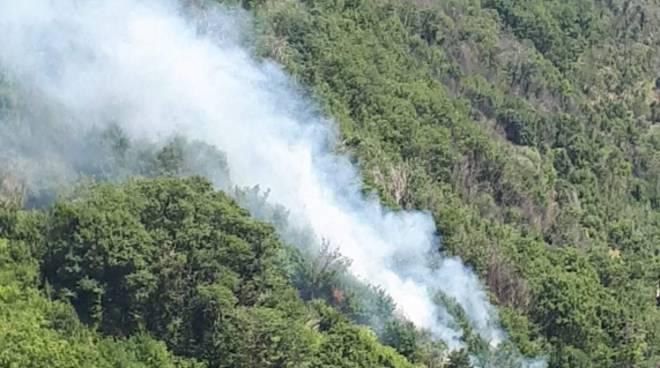 incendio Tramonti località conca