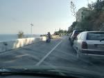 Parcheggio selvaggio tra Vietri e Cetara