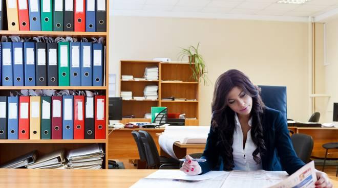 Rientro in ufficio? Le idee per un look da fare invidia