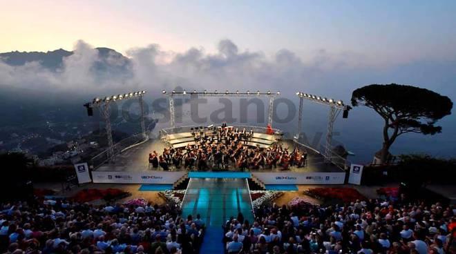 Si ripete la magia del concerto all'alba a Ravello seguita da Positanonews