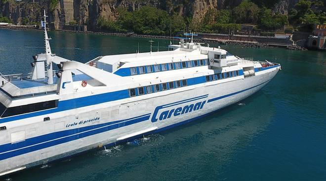 Traghetto della Caremar