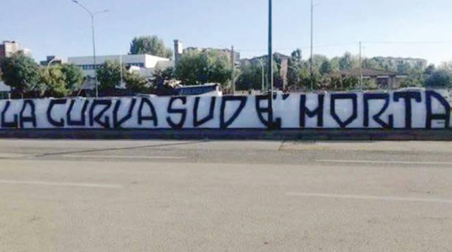 Azzeratigli ultrà della juve Estorsioni, minacce alla società e ad altri tifosi Così i gruppi organizzati contro