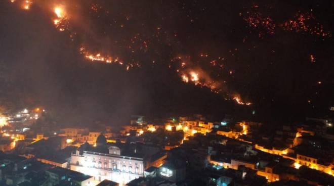 Incendio Monte Saretto