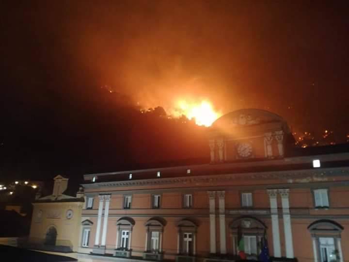Incendio Sarno di Mario Annunziata