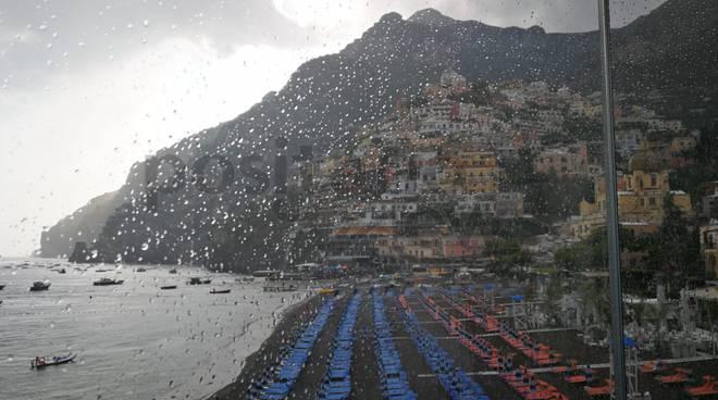 Positano, arriva la pioggia