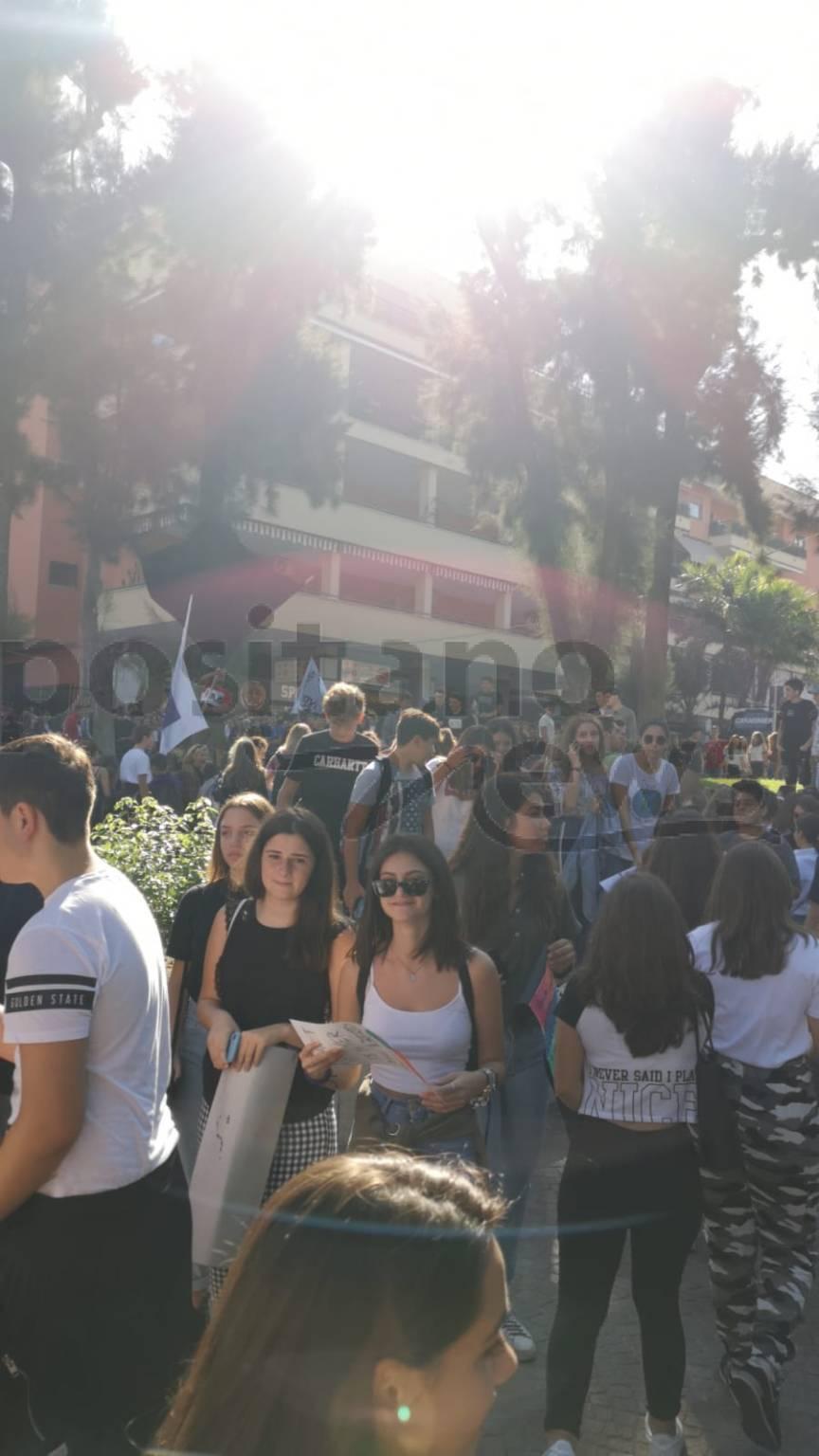 Sorrento, le foto dello sciopero a Piazza Lauro