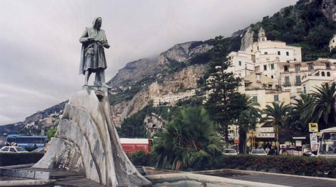 Amalfi comune riciclone