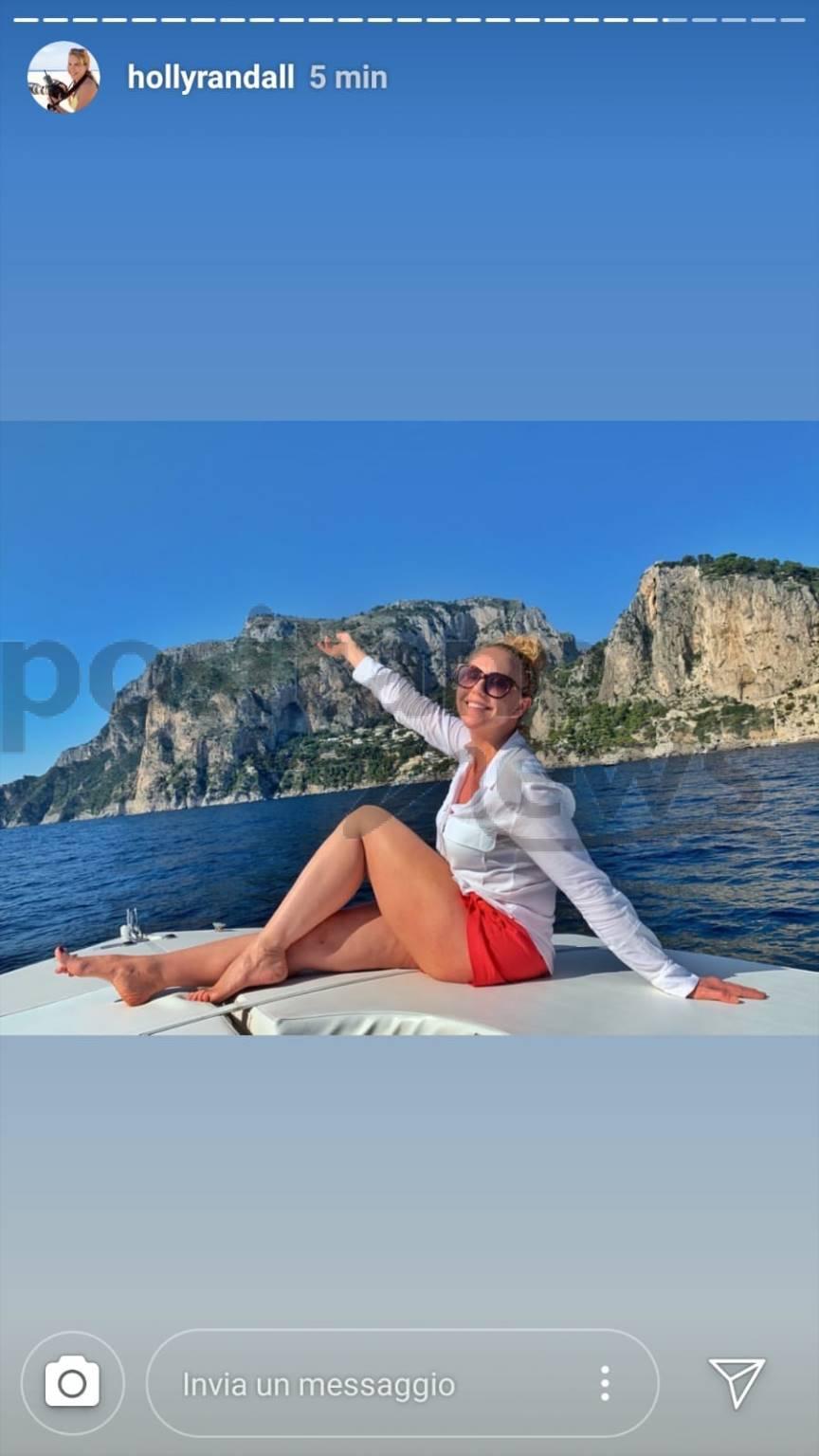 Capri gita in barca per Holly Randall