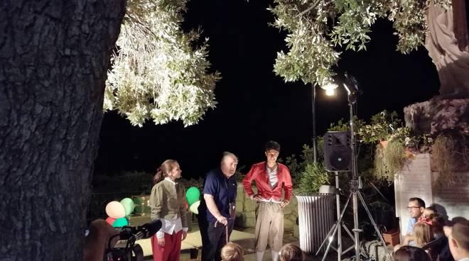 Da Positano Teatro Festival al Sancarluccio, applausi ai ragazzi del Teatro nel Baule
