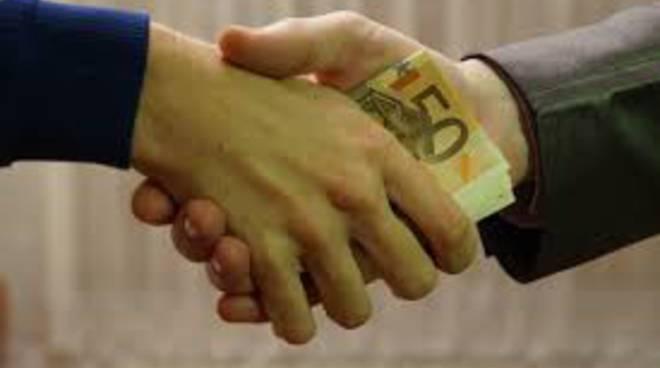 corruzione mazzetta