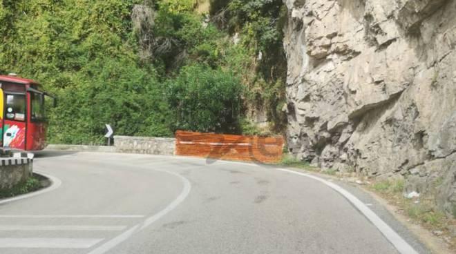 la strada dopo l'incidente a positano