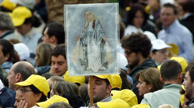 Madonna del Rosario supplica a Pompei