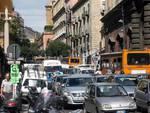 Napoli: lavori dimenticati, code e disagi per un tratto di strada chiuso da mesi