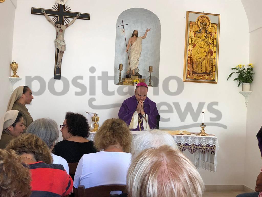 Positano, la celebrazione della SS. Messa con il Vescovo Michele Fusco