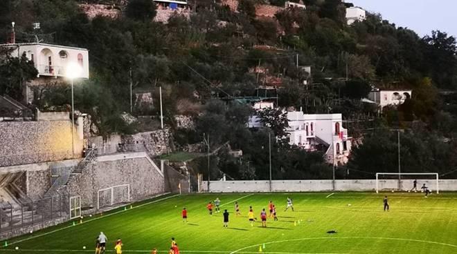 San Vito Positano campo sportivo e dirigenti