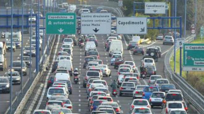 Traffico in tangenziale caos