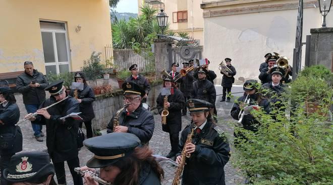 banda musicale celebrazione caduti a piano