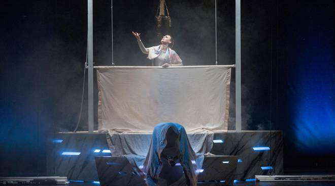 """Stasera al \""""Garibaldi\"""" di Santa Maria Capua Vetere \""""Patrizio vs Oliva\"""" ingresso gratuito."""
