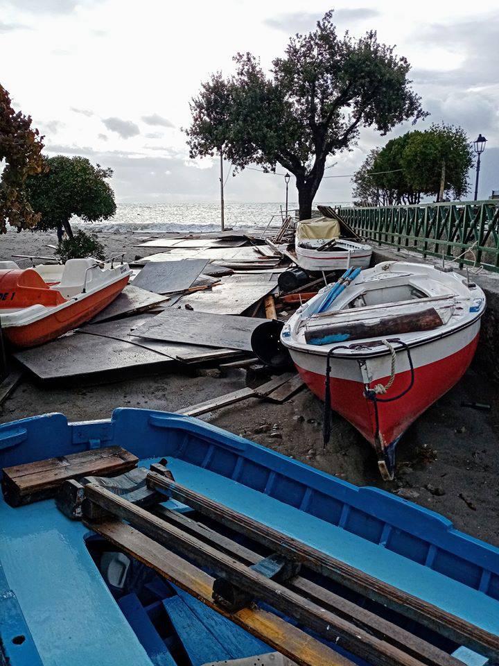 Erchie, il giorno dopo la mareggiata