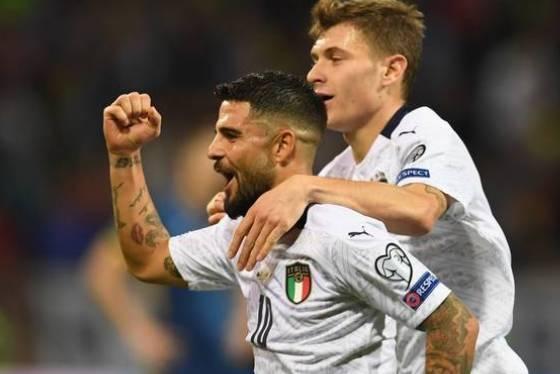 Mancini elogia la squadra -Li voglio cosi' all'Europeo