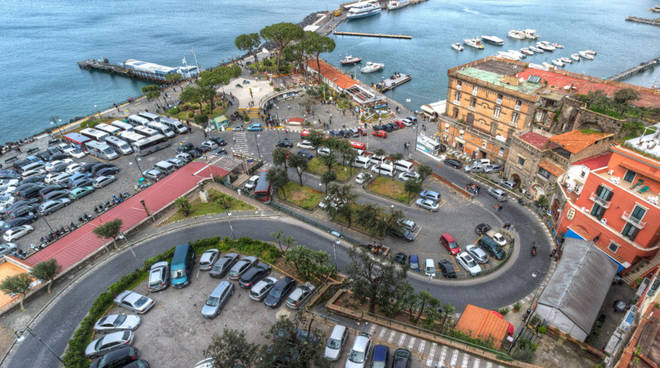 parcheggio marina piccola