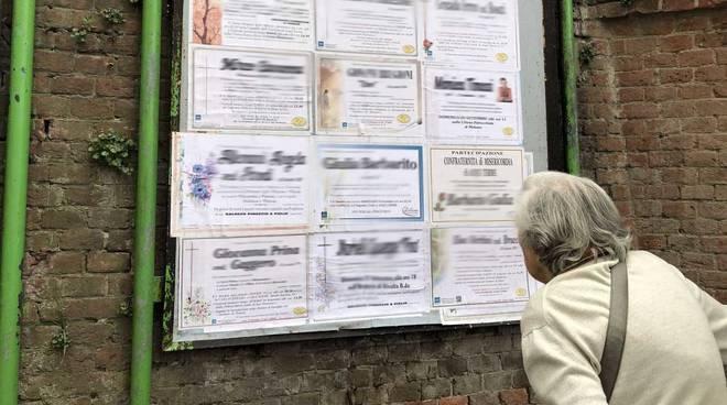 Affissioni funebri