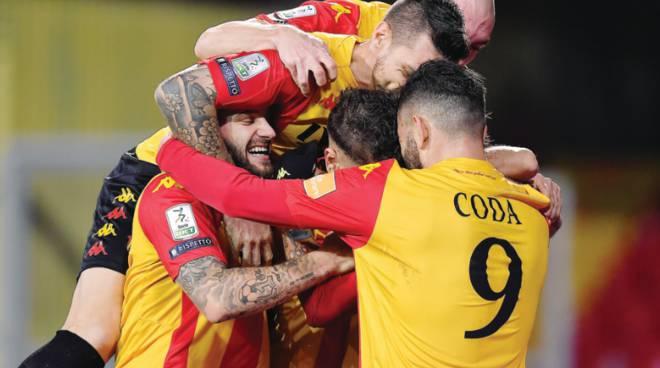 Benevento -Frosinone 1 -0 Nesta abbiampo regalato un tempo intero alla capolista