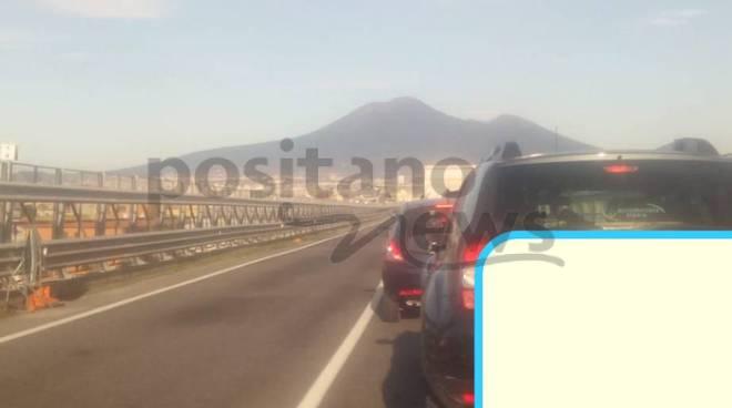 Castellammare. Tamponamento dopo il viadotto, coinvolti quattro veicoli