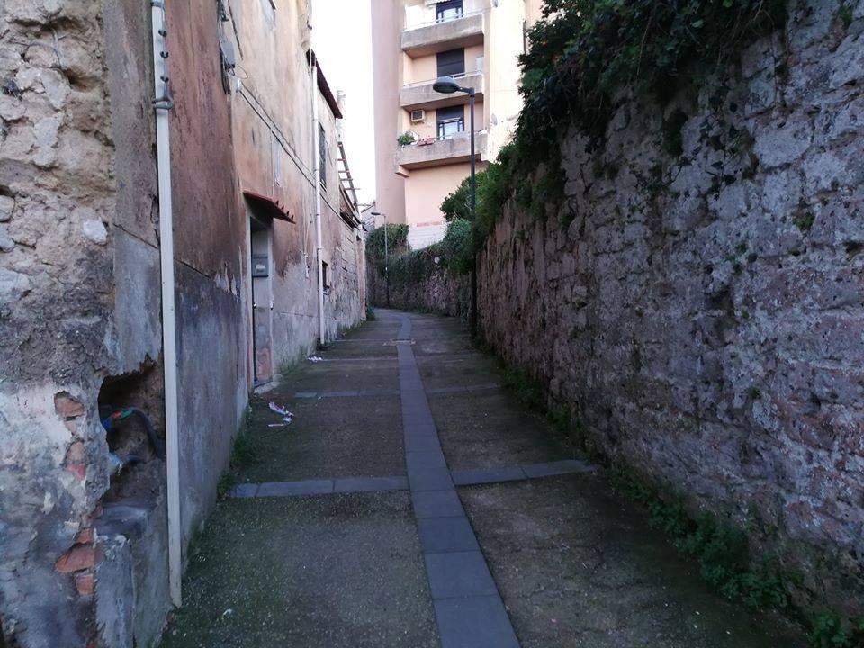Piano di Sorrento. Cadono ancora pietre e mattoni in Via Cavoniello