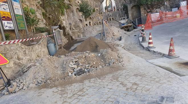 Positano Grotta Fornillo