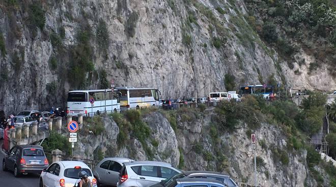 traffico statale amalfitana