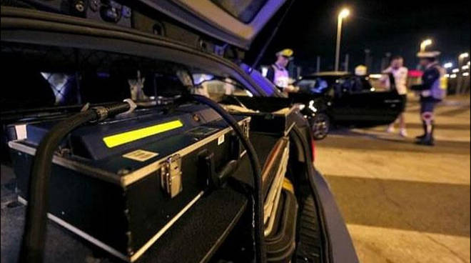 controlli antidroga polizia