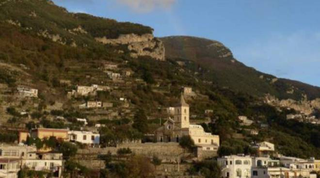 Montepertuso