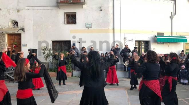Positano Montepertuso si balla in piazza