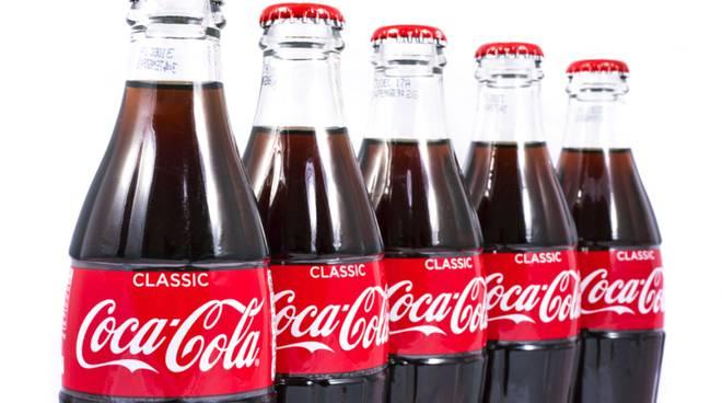 Stop hater dai social , la Coca Cola toglie le pubblicità da facebook
