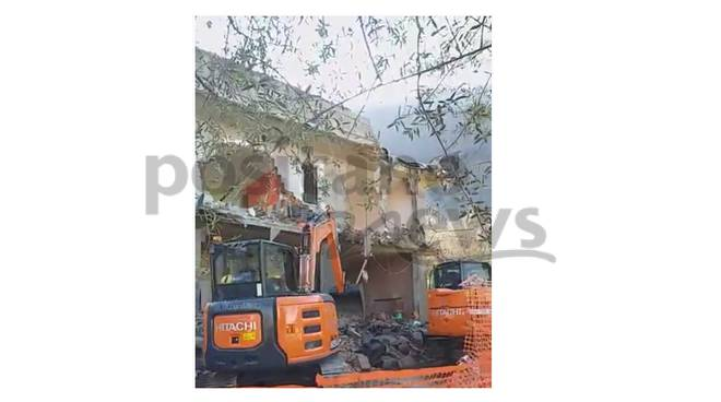 gragnano demolita palazzina