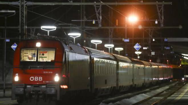 Coronavirus, due casi sospetti alla frontiera: treno bloccato nel Brennero