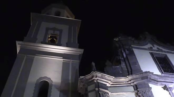 campanile vico equense notte