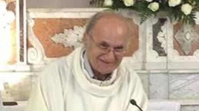 Carmine  parroco Atrani di  Positano