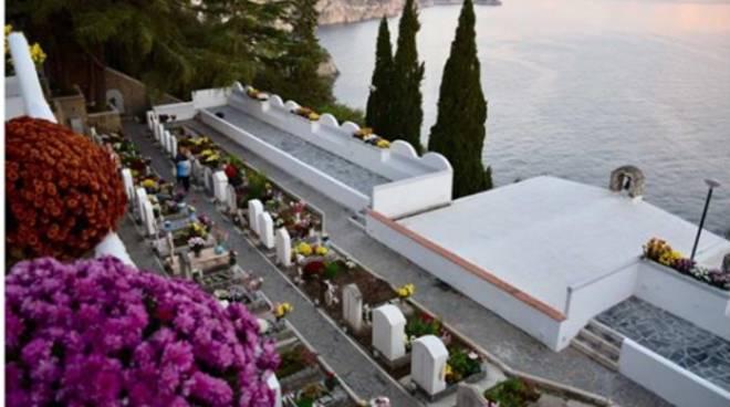 Cimitero Praiano