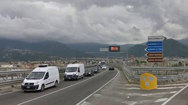 La Statale Sorrentina 145 resterà chiusa per rifacimento della pavimentazione stradale