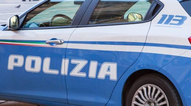 Polizia a Cava