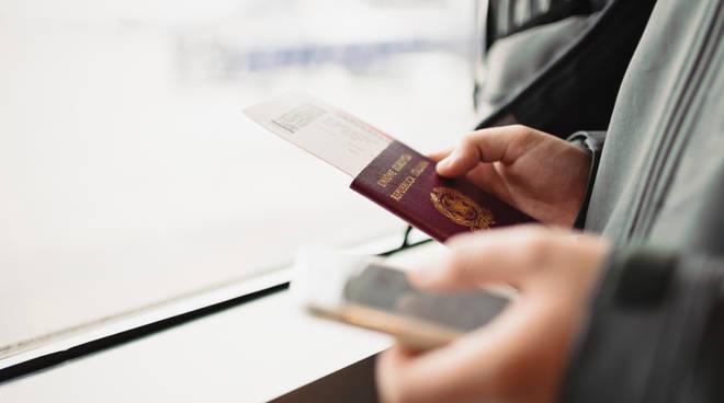 Tornare dall'estero passaporto