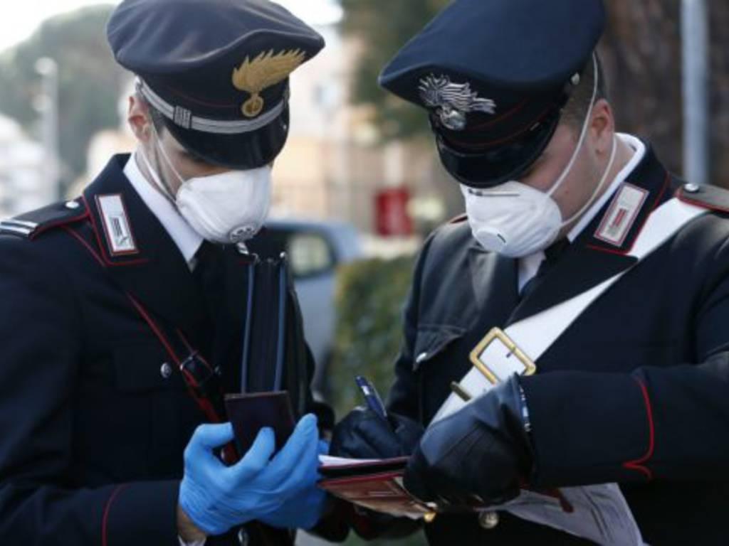 Controlli antidroga dei Carabinieri: 5 pusher in manette. Compagnia  Frascati arresta un 49enne