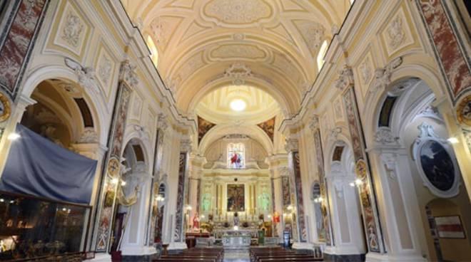Cetara. La Santa Messa di Pasqua trasmessa su Telecolore dalle ...