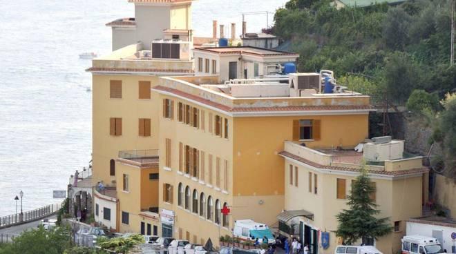 Ospedale costa d'amalfi